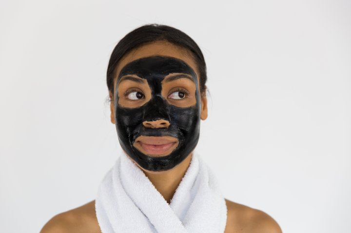 How Activated Charcoal Can Improve Your Skin andHair