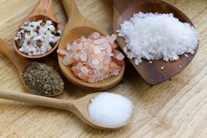 3 Ways To Use Sea Salt For Brighter & Clearer Skin